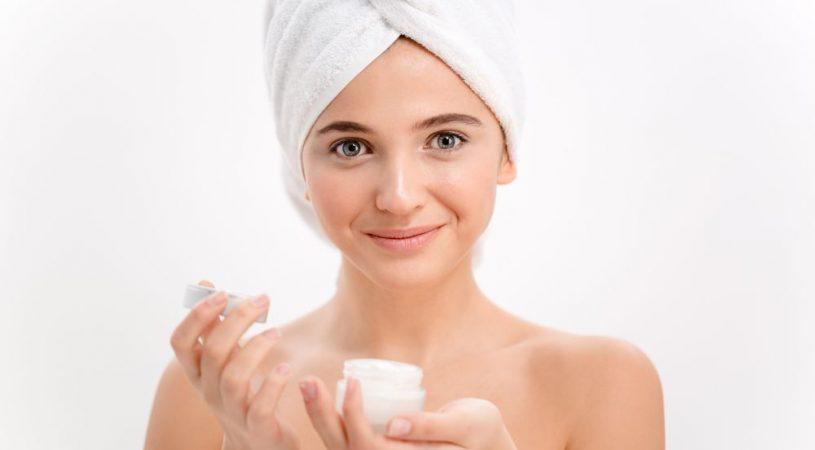 Tradzik rozowaty - jakie kosmetyki stosowac